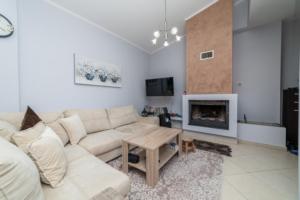 Апартамент за продажба в Паралия Офринио